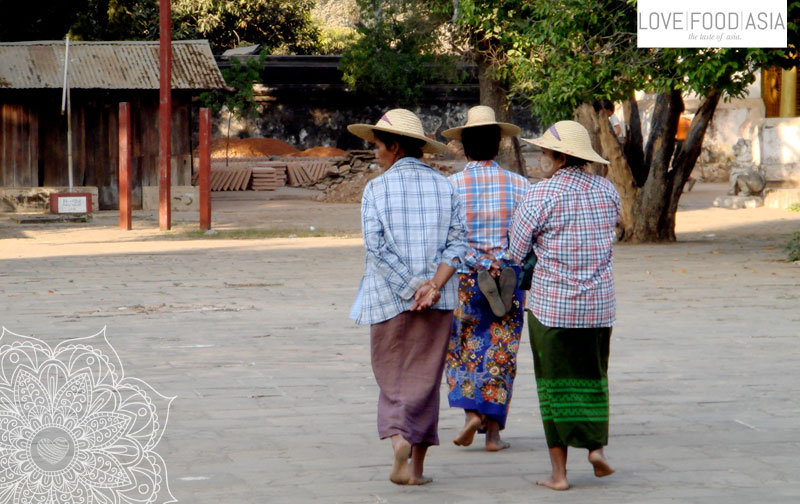 Women in Bagan