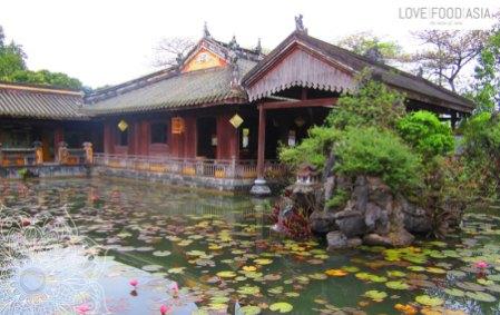 Angelegter Teich in der Zitadelle von Hue