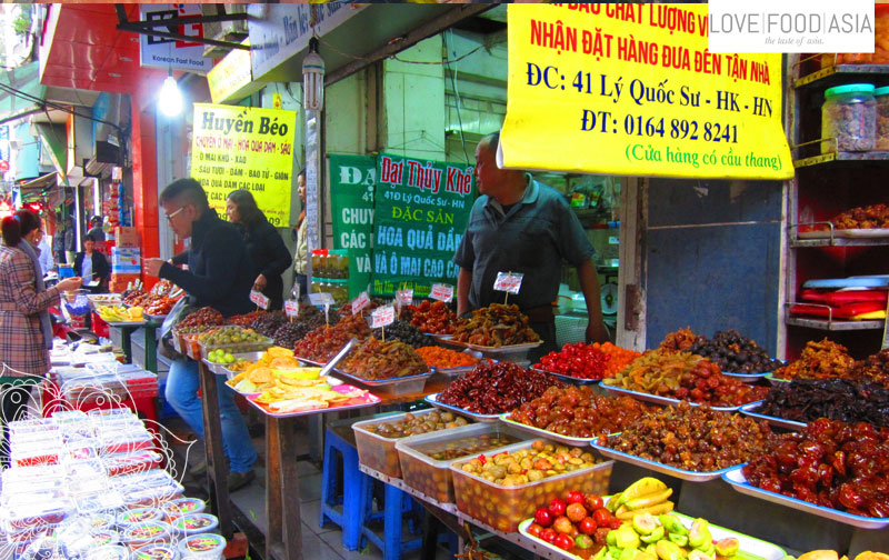 Street life in Hanoi