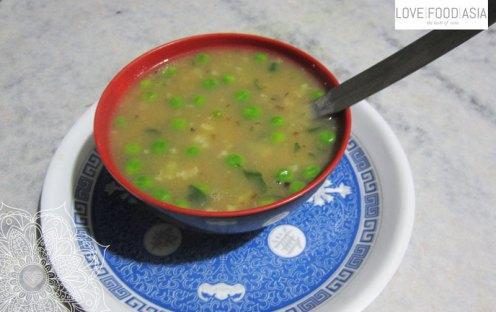 Nepalesische Gemüsesuppe