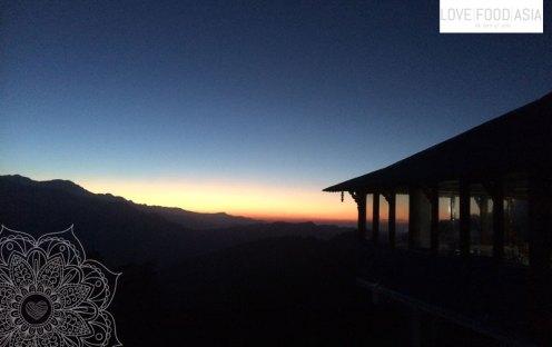 Sonnenaufgang in Tadapani