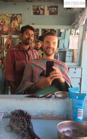 Beim Friseur in Pokhara