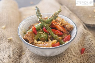 Chinese asparagus chicken