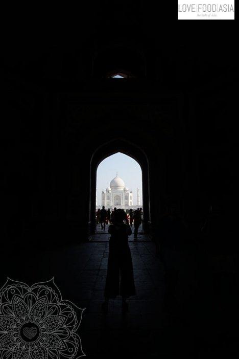 Tunnel view of Taj Mahal