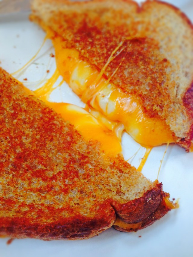 cheddar grilled cheese