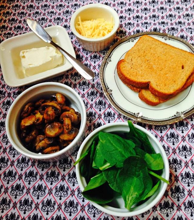 mushroom toast ingredients