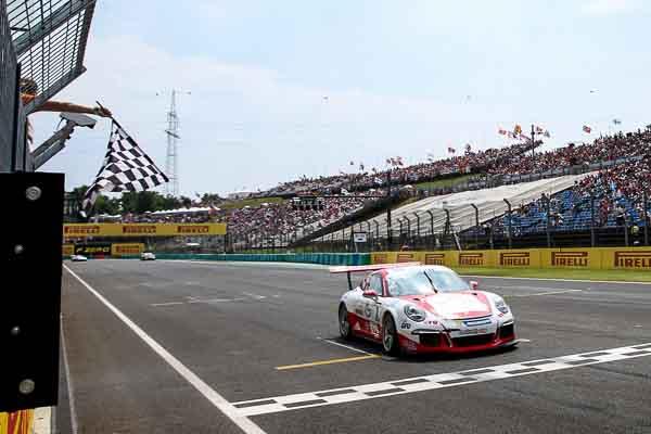 Porsche Mobil 1 Supercup Budapest 2016 Sven Müller