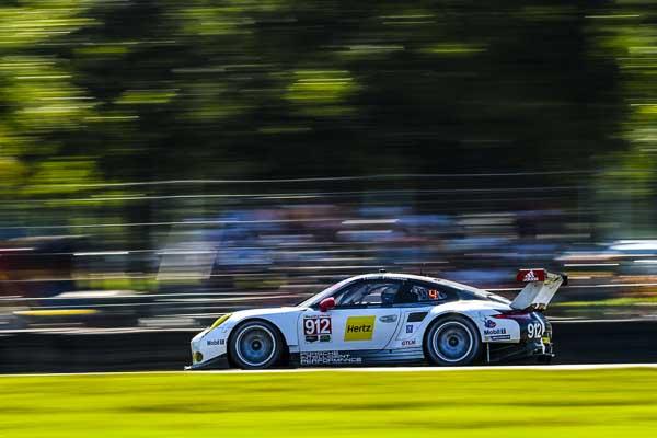 Porsche 911 RSR, Porsche North America: Earl Bamber, Frédéric Makowiecki