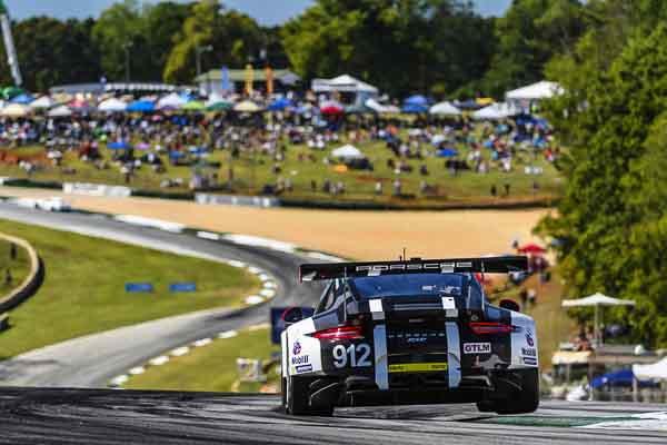 Porsche 911 RSR, Porsche North America: Earl Bamber, Frédéric Makowiecki, Michael Christensen
