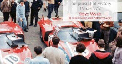 Motor Racing - Pursuit of Victory : 1963 - 1972 by Steve Wyatt ( Veloce Publishing)