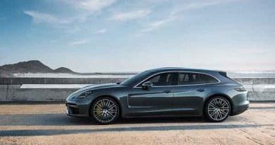 Word premiere in Geneva Porsche Panamera Turbo Sport Turismo