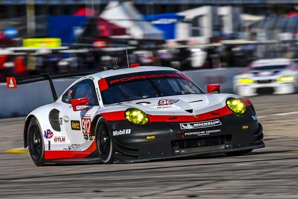 2017 Sebring 12H Porsche 911 RSR, Porsche GT Team (912): Laurens Vanthoor, Kevin Estre, Richard Lietz