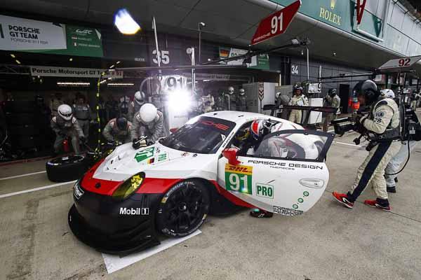 Porsche Silverstone FIA GT-12