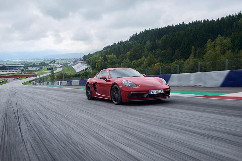 new Porsche 718 GTS models - Porsche 718 Cayman GTS