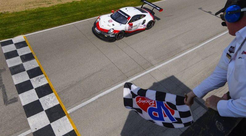 Porsche 911 RSR (912), Porsche GT Team- Earl Bamber, Laurens Vanthoor