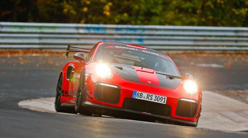 Porsche 911 GT2 RS MR, Nürburgring-Nordschleife