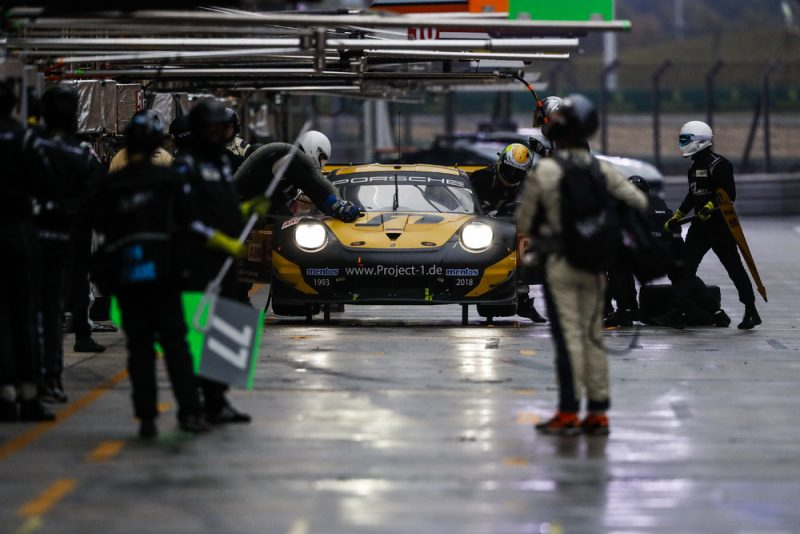 Porsche 911 RSR, Team Project 1 (56), Joerg Bergmeister (D), Patrick Lindsey (USA), Egidio Perfetti (N), Shanghai 2018