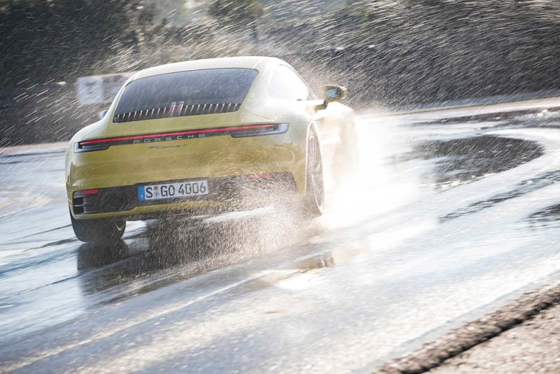 Porsche 911 Carrera 4S with Wet Mode