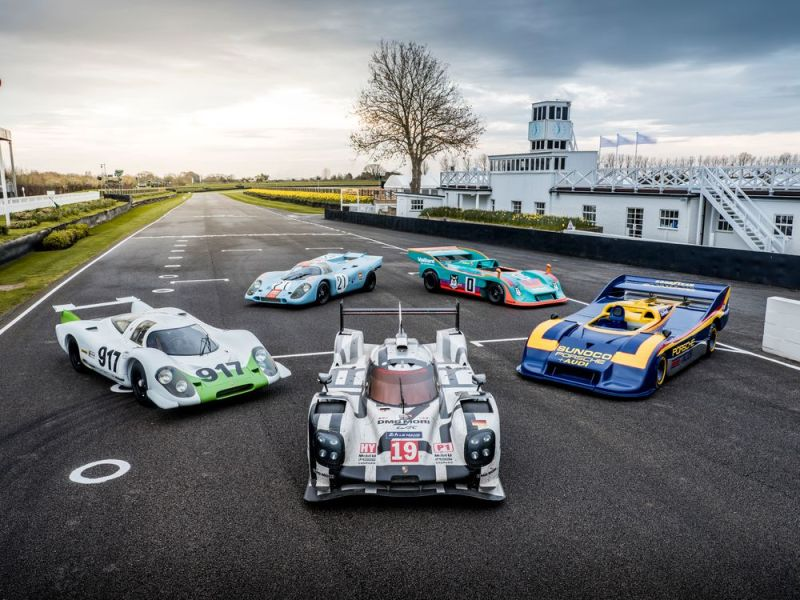 Also starting at Goodwood- the 919 hybrid (center).