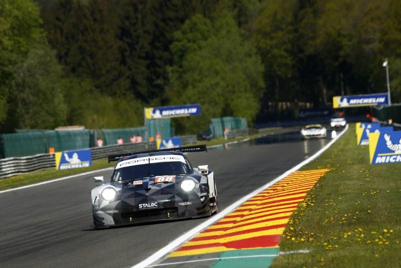 Porsche 911 RSR, Dempsey Proton Racing (88), Matteo Cairoli (I), Giorgio Roda (I), Gianluca Roda (I)