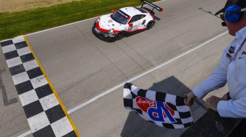 Porsche 911 RSR, Porsche GT Team (912), Earl Bamber (NZ), Laurens Vanthoor (B)