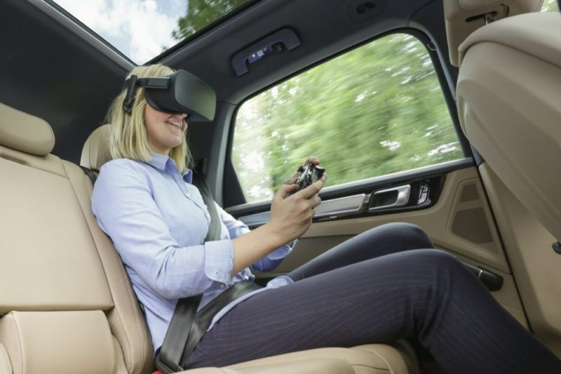 """Porsche and """"holoride"""" give passengers the opportunity of immersing themselves in virtual entertainment worlds"""