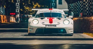 The new Porsche 911 RSR presented at Goodwood FOS