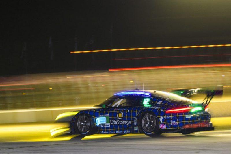 Porsche 911 GT3 R (9), PFAFF Racing Scott Hargrove, Zacharie Robichon, Lars Kern