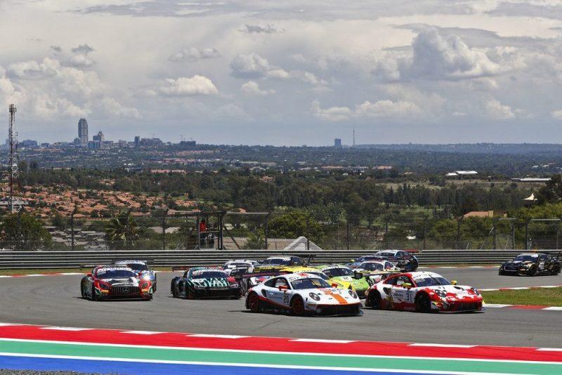 Porsche 911 GT3 R, GPX Racing (20), Kevin Estre (F), Michael Christensen (DK), Richard Lietz (A), Frikadelli Racing Team (31), Dennis Olsen (N), Mathieu Jaminet (F), Nick Tandy (GB)