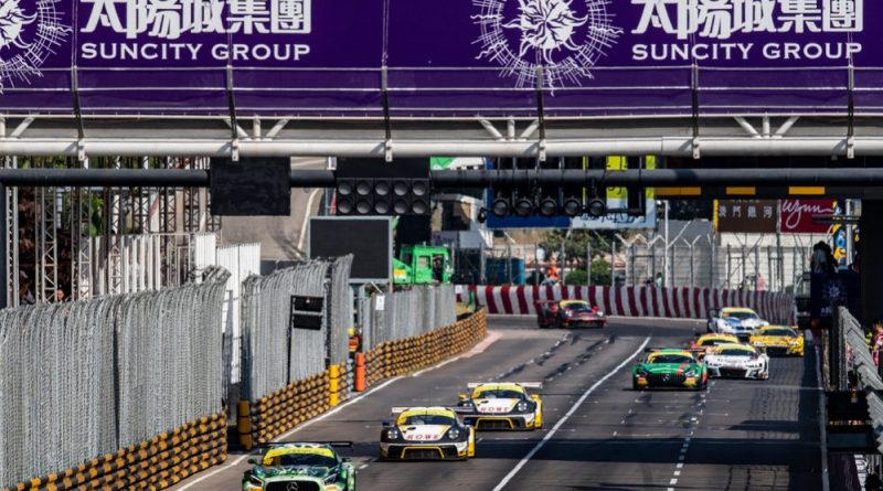 Two Porsche 911 GT3 R on the podium in Macau in the qualifying race