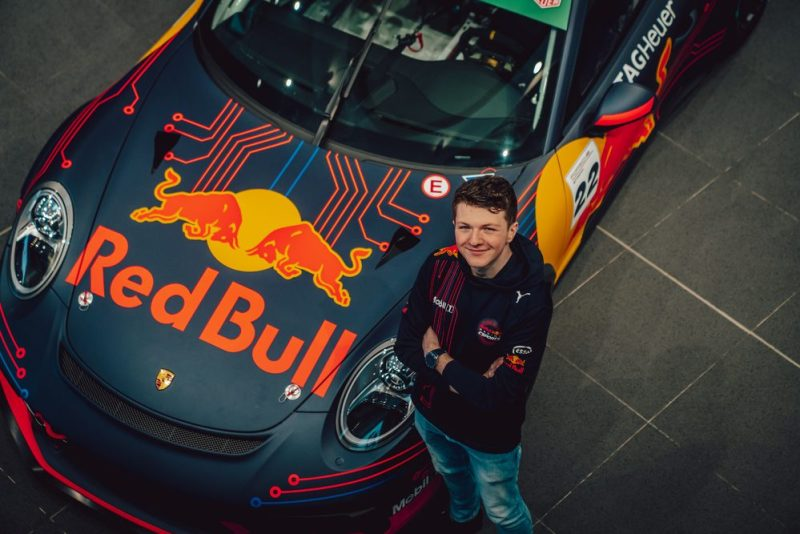 Sebastian Job (GB), Champion of the 2020 Porsche TAG Heuer Esports Supercup