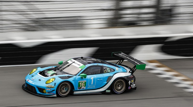 Wright Motorsports starts qualifying race for the 2021 Daytona 24H in pole position