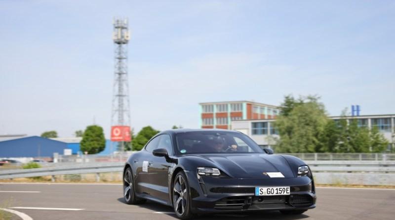 Porsche Vodafone Here Technologies study 5G technology