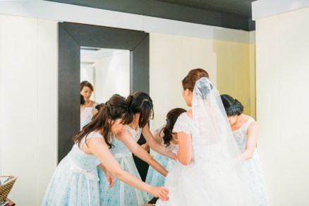 Bride getting ready (Vancouver, BC, Canada)