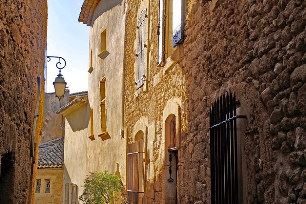 French holiday home design service
