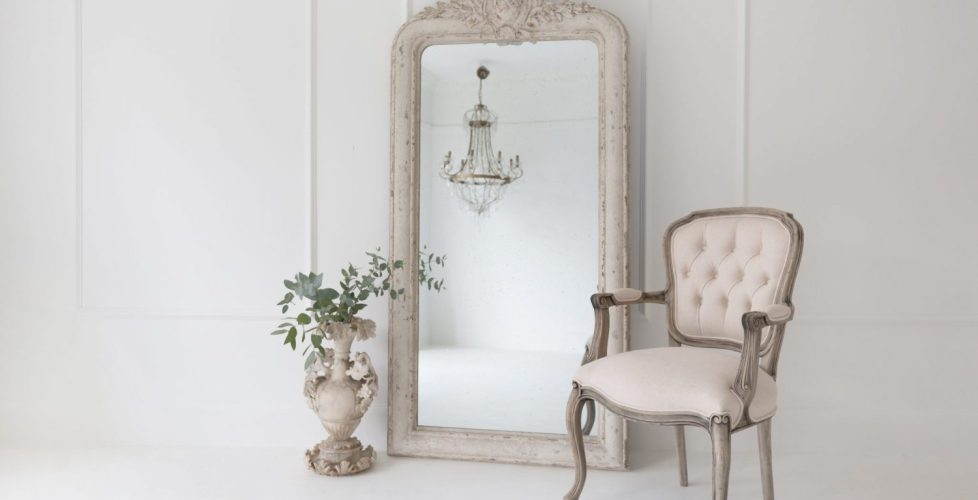 French style furniture