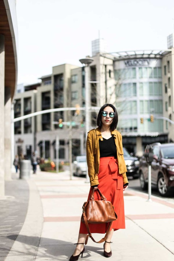 Spring brunch outfit with color