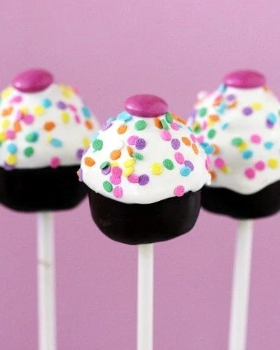 Babycakes Flip Cake Pop Maker