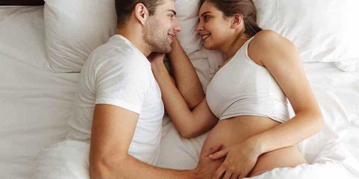Read more about the article How to romance your husband while pregnant?