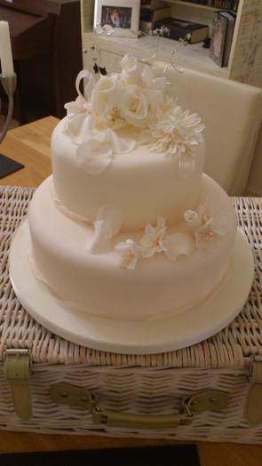 Simply Sweet wedding cake 20