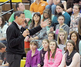 Sen. John Barrasso makes a point during a question-and-answer session at Rocky Mountain Middle/High School Tuesday afternoon during which he fielded a number of queries from students. David Peck photo