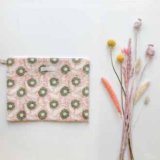 Inspirations by la girafe pochette fleurie