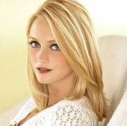 hairstyles long blonde hair
