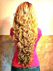 long hairstyles curly