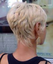 latest pixie hairstyles women