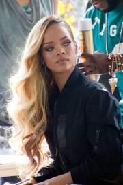 rihanna with long hair hairstyles
