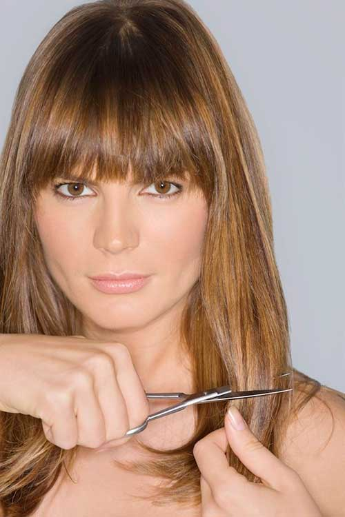 20 Haircuts With Bangs For Round Faces Hairstyles & Haircuts