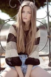 long dark blonde hair hairstyles