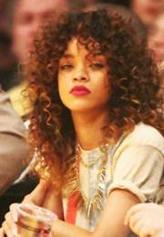 rihanna long curly hair hairstyles