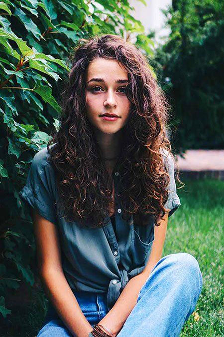 33 Curly Hairstyles for Long Hair  Hairstyles and